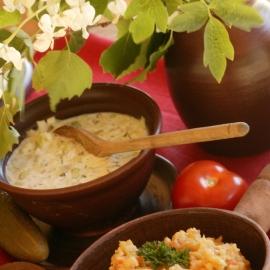"""Neapej garām tējas namam """"Tsäimaja"""" un nobaudi īstu setu ēdienu."""